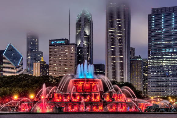 Buckingham Fountain Red at Night - Chicago