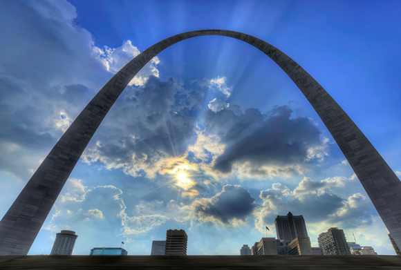 Daylight St. Louis Arch - Entirely Abandoned